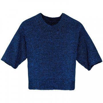 蓝色针织上衣
