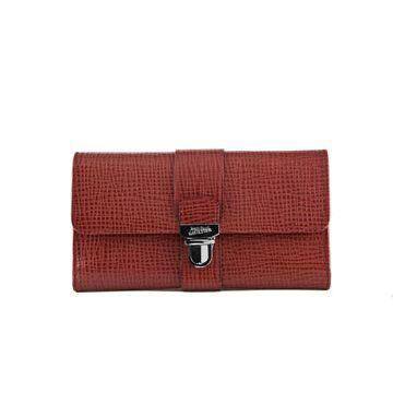 红色皮革手拿包