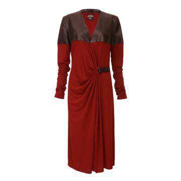 枣红色真丝连衣裙