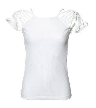 白色编织镂肩T恤