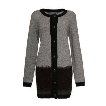 黑灰色羊毛针织外套