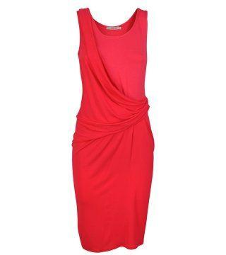 红色裹体连身裙