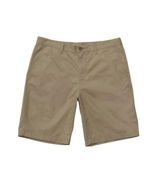 亚麻色短裤
