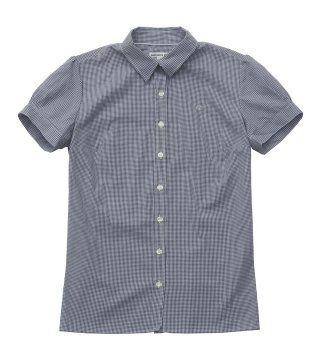 灰色小翻领衬衫