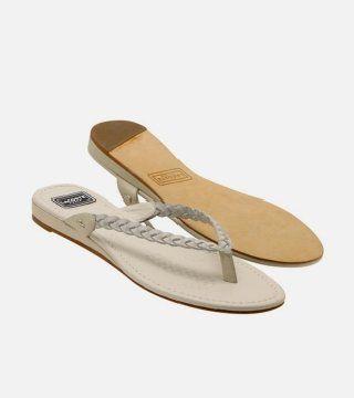 乳白色编带拖鞋