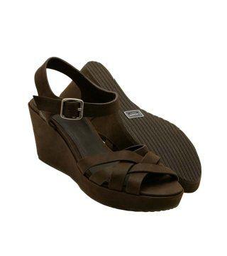 深棕色厚底凉鞋