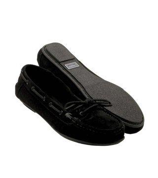 黑色麂皮休闲鞋