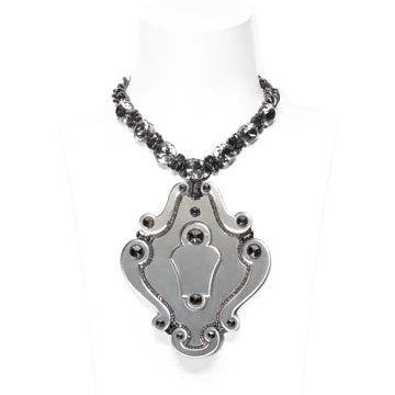 银坠镶钻项链
