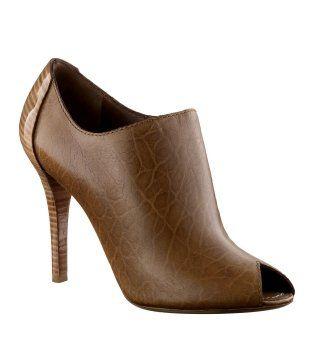 棕色鱼嘴短靴