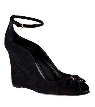 黑色坡跟鞋