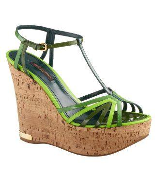 绿色坡跟凉鞋
