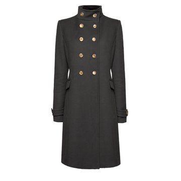 黑色双排扣大衣