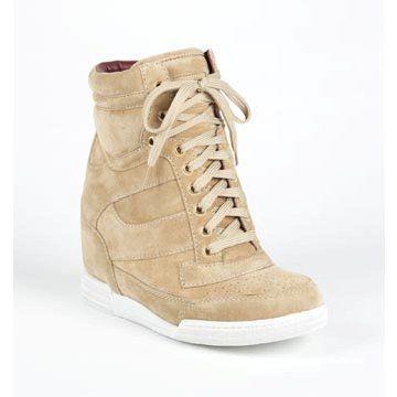浅咖色麂皮高帮运动鞋