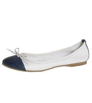 白色蓝头拼接芭蕾舞平底鞋