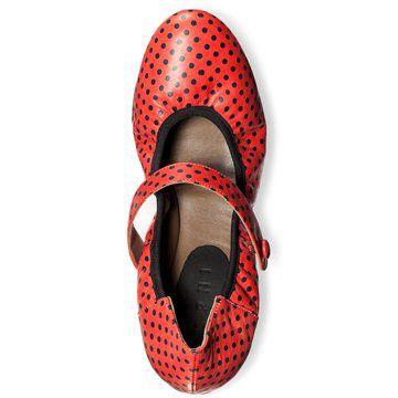红黑波点芭蕾舞鞋