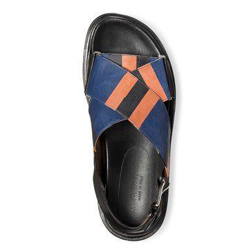 蓝色交叉绑带平底凉鞋