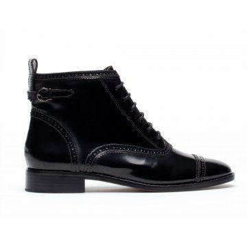 黑色亮皮短靴