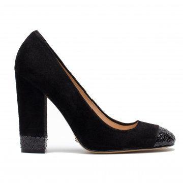 黑色亮片高跟鞋