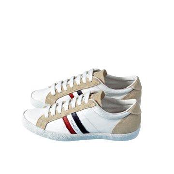 白色皮革运动鞋
