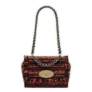 橘色编织手提包