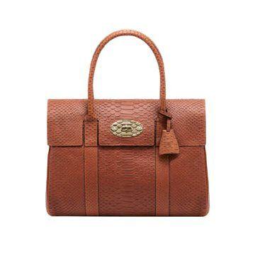 橘色皮革手提包
