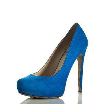 湖蓝色皮革高跟鞋
