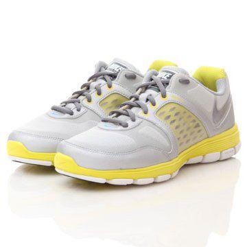 FREE系列浅灰色综合训练鞋