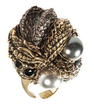 蟒蛇镶钻镶珍珠戒指