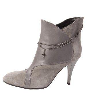 金属链饰短靴