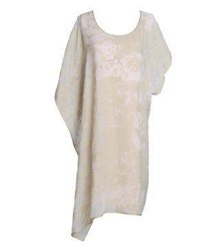 象牙色斜裁上衣裙