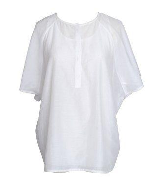白色圆领衬衫