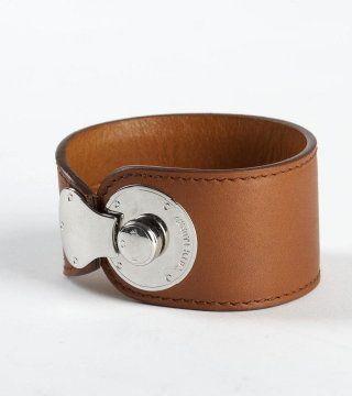 金属扣饰棕色手环