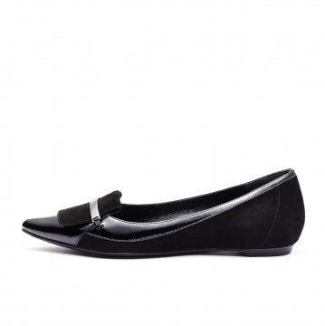 黑色麂皮拼接便鞋