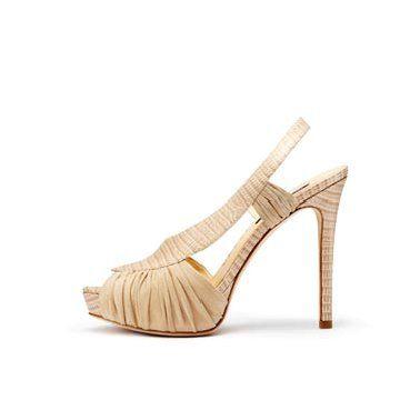 米色麂皮拼接高跟鞋