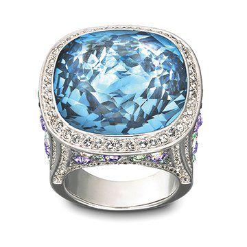 蓝色水晶戒指