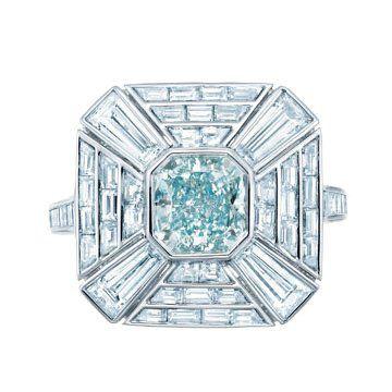 彩绿蓝钻戒指