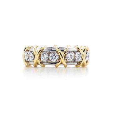 Sixteen Stone18K黄金镶钻戒指