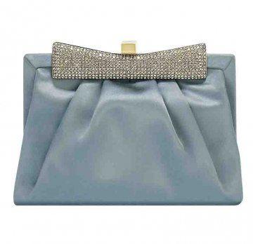 天蓝色镶钻手拿包