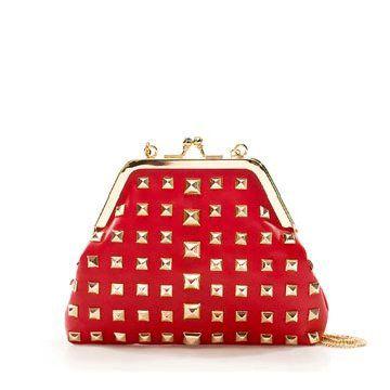 红色铆钉手拿包