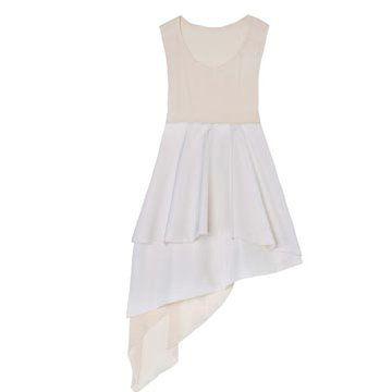 白色丝缎连衣裙