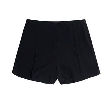 黑色开衩短裤