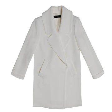 白色直筒外套