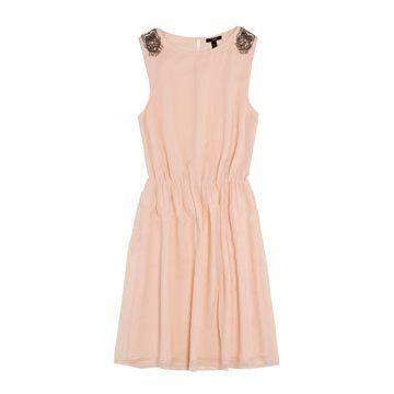 粉色雪纺连衣裙