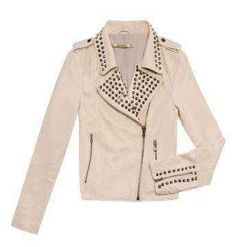 米色皮革外套